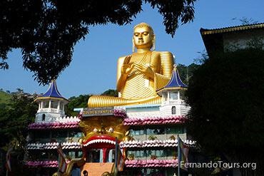 Places to see in Sri Lanka Dambulla Cave Temple
